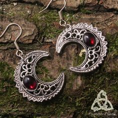 Pagan elven earrings Moon Luna Astara Garnet Crescent silver red witch... ($37) ❤ liked on Polyvore featuring jewelry, earrings, garnet jewelry, red earrings, gothic jewelry, silver garnet earrings and goth jewelry