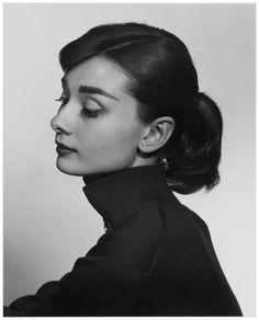 Yousuf Karsh – Audrey Hepburn, 1956