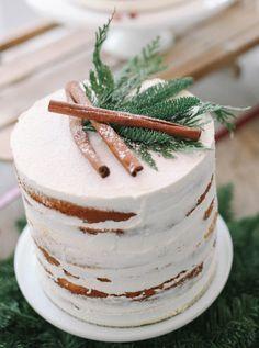 Rustic winter wedding cake # rustic wedding cake Source by re Food Cakes, Cupcake Cakes, Cake Fondant, Bolos Naked Cake, Naked Cakes, Christmas Desserts, Christmas Baking, Christmas Wedding Cakes, Winter Wedding Cakes