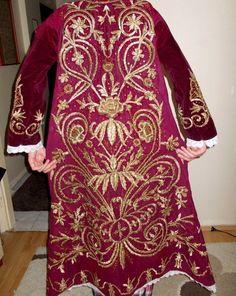 Ottoman 19 TH Century Velvet Bindalli Robe with Gold Metallic Threads | eBay (Pharyah)