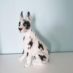 "Duża figurka ""Dog arlekin"", Intrada Włochy, lata 80. | Big figurine, ""Dog arlekin"", Intrada Italy, 80s.  | Buy on Patyna.pl | | buy on Patyna.pl | #forsale #vintage #vintagefinds #vintageshop #vintagelove #retro #old #design #home #midcenturymodern #want #amazing #home #inspiration #kitchen #decoration #furniture #ceramics #porcelain #figurine #dog #italian #instrada #italy #80s #1980s #drewnianakamienica Vintage Shop, Argo, Retro Home Decor, Retro Furniture, 1980s, Boston Terrier, Your Dog, Awesome, Amazing"