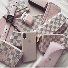 Womens Fashion New LV Collection For Louis Vuitton Handbags Louis Vuitton Homme, Louis Vuitton Taschen, Louis Vuitton Multicolor, Hermes Handbags, Louis Vuitton Handbags, Handbags Uk, Baskets Louis Vuitton, Telefon Apple, Louis Vuitton Sneakers