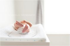 10 Tips For Photographing A Lifestyle Newborn Session | bethadilly photography