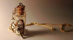 Hadas polvo Vial collar  Disney Tinkerbell Peter por VialsForMiles, $16.85