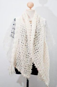 Fancy Shawl - Ecru | Mohair Products | Annette Oelofse Mohair Products