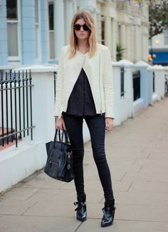 white jacket+black everything