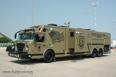 Will County Sheriff's Police Special Operations Group Command vehicle - epic Swat Police, Police Truck, Military Police, Police Cars, Rescue Vehicles, Army Vehicles, Armored Vehicles, Cool Trucks, Big Trucks