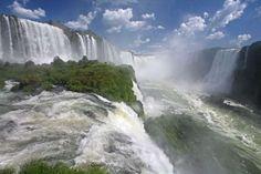 Iguazu Falls / Iguassu Falls / Iguacu Falls on the border of Brazil and Argentina - Arterra/UIG/Getty Images