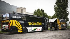 Il Lombardia 2012 :: Vacansoleil-DCM buses