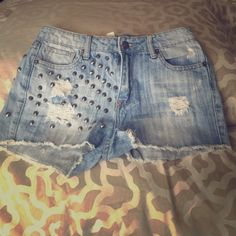 High waisted shorts Studs! So cute and edgy Forever 21 Shorts Jean Shorts