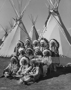 A view of Native American Indians from 43 tribes attending a festival.