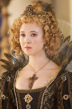Queen Anne three musketeers | Juno Temple stars in THE THREE MUSKETEERS. Photo: Rolf Konow, SMPSP ...