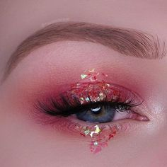 Augen Make-up Ideen: Inner Corner Highlight - Makeup & Art - Eye-Makeup Eye Makeup Art, Cute Makeup, Pretty Makeup, Eyeshadow Makeup, Beauty Makeup, Hair Makeup, Makeup Brushes, Glitter Eyeshadow, Easy Eyeshadow