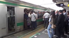 Insanely crowded Japanese train during the rush hour crazy!!!!
