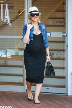 Pregnant Christina Aguilera - June 2014