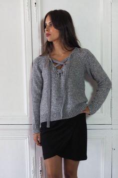 Pull Fifre grey Athé Vanessa Bruno et jupe Heimstone sur shopnextdoor.fr ;)