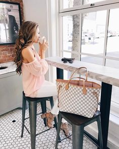 """16.1k Likes, 106 Comments - Caitlin (@cmcoving) on Instagram: """"Happy Saturday, everyone ☕️ Wishing I was still in Charleston sipping a latte!…"""""""