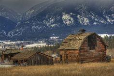 Porter Hill Barn  #Stevensville, #Montana  ©Mark Mesenko