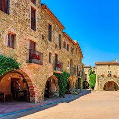Pueblos Medievales del interior de la Costa Brava