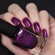 Purple Shellac Nails, Dark Purple Nails, Plum Nails, Purple Nail Art, Purple Nail Polish, Holographic Nail Polish, Dry Nails, Nail Polish Colors, Dark Skin Nail Color