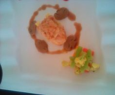 Fried Crispy Chicken with Mushroom sauce. Today i was studied how to make Brown Stock and Brown Roux. I'm cooking this food and plating too. Bad plating ? Maybe, cause my friend is always distrubing me.