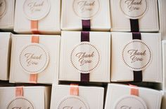 Elegantly wrapped wedding favors! {Alex Bee Photo}
