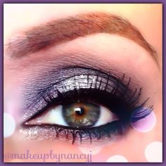 Who doesn't love a smokey eye!  All colors used for this look are by #Mac - Knight Divine on inner and outer lid, White Frost pigment in the center of the lid, Brule on the brow bone and Carbon black in the crease and under the eye  #smokeyeyes - @makeupbynancyj- #webstagram