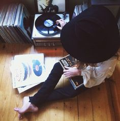 Vinylplayer in a black and white bedroom  Buy new and used vinyl records at http://records-plus.com