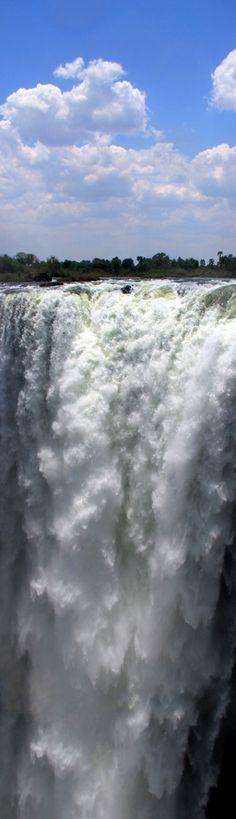 Victoria Falls: The Smoke that thunders