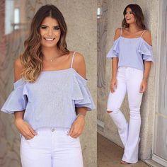 {White Jeans } Blusa de tricoline listradinha de azul e branco (hit do verão) + Calça jeans @esmeral_oficial  Casual chique que a gente ama!