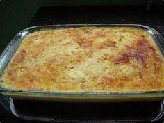 Suflê de milho com queijo e tomate fica uma delícia! Sirva no jantar acompanhado de frango grelhado ou outra carne de sua preferência ;) http://receit.as/rTqMd2