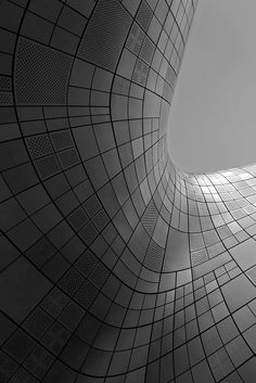 Dongdaemun Design Plaza / Zaha Hadid Architects / Seoul – South Korea