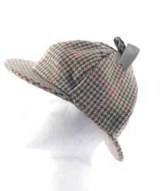 UNISEX - Unisex Vintage 1970s' Houndstooth Hat- Sherlock Holmes Style Hat- Available Now: http://www.thevintagetwin.com/shop/products.cgi?sku=10943&sex=m