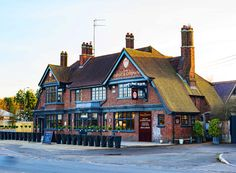 The Rose and Crown, Green Street Green, Kent Green Street, Mansions, House Styles, Crown, Home Decor, Corona, Decoration Home, Manor Houses, Room Decor