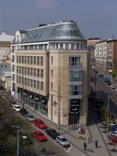 Poznan Poland, budynek Domina [fot.Kazimierz Fryś]