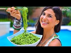 BEST PESTO!!! FRK Avocado Basil Pesto! -  cukinie PESTO:  bazylia-1k orzeszki pini/nerkowce-1/2k awokado-1 .................
