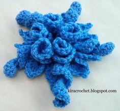 Kira crochet: My 3D flower in two variants