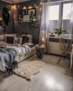 Cute Bedroom Decor, Room Design Bedroom, Room Ideas Bedroom, Small Room Bedroom, Home Bedroom, Cozy Teen Bedroom, Bedrooms, Room Ideias, Aesthetic Room Decor