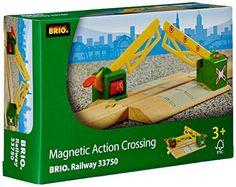 Brio - 33750 - Circuit de train en bois - Passage à Niveau Magnetique Brio http://www.amazon.fr/dp/B00005BHOG/ref=cm_sw_r_pi_dp_EDXpwb1Z31CJR