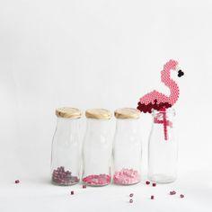 En mode #perleshama#beads#perlerbeads#hamabeads#hama#perlesaddict#mondiyamoi#flamantrose#flamingo#instacraft#instabeads#marieclaireidees#diy