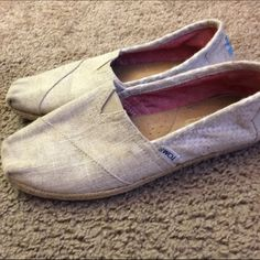 Beige/ Tan TOMS Slip Ons Womens Size 8 Tan TOMS in great used condition women's size 8. No trades. TOMS Shoes Espadrilles