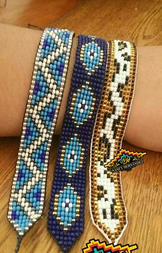I needed showing you how to make a bracelet with natural stone and leather thread with video. Loom Bracelet Patterns, Seed Bead Patterns, Bead Loom Bracelets, Beaded Jewelry Patterns, Beading Patterns, Perler Bead Art, Seed Bead Jewelry, Bijoux Diy, Loom Beading