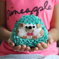 Please welcome Annette, the Hedgehog Coin Purse. It has come a long way to design this purse pattern. Hope to see you sew one soon.