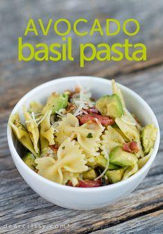 Avocado Basil Pasta Recipe. This healthy pasta salad seems like a perfect weeknight dinner recipe.