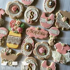 Vintage Burlap and Lace Shabby Chic baby shower cookies welcoming baby Sophia #decoratedcookies #decoratedsugarcookies #decoratedcustomcookies #customsweets #customcookies #customdecoratedcookies #edibleart #sugarart #vintage #burlap #lace #burlapandlace #shabbychic #Sophia #babyshower #babyshowercookies #ediblelace
