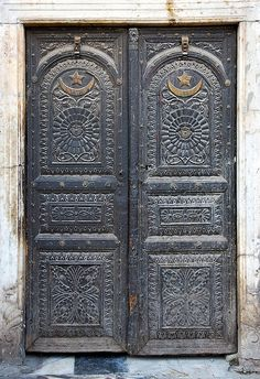 Doors. Lahore, Punjab, Pakistan. Photo by Michael Foley Photography