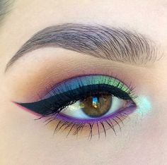 colorful (blue - purple - green) tropical eye makeup with black winged eyeliner | tumblr: tropicale-moderne, ig: kaitlyn_nguy