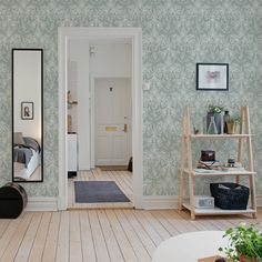 Papier peint Palm Tree blanc, vert et rose - Kinfolk - MissPrint Boutique Deco, Blue Leaves, Kinfolk, Decoration, Palm Trees, Ladder Decor, Oversized Mirror, House Plans, Entryway