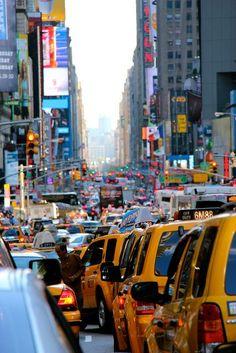 Tráfico en Manhattan. Por Eric Demarcq.