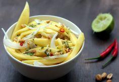 Ensalada thai de mango y cebolla